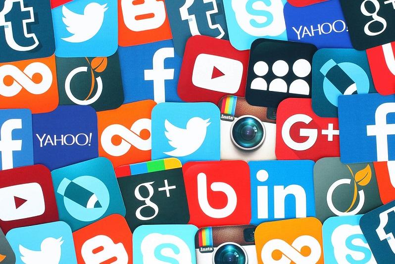 avantages et inconvénients réseaux sociaux