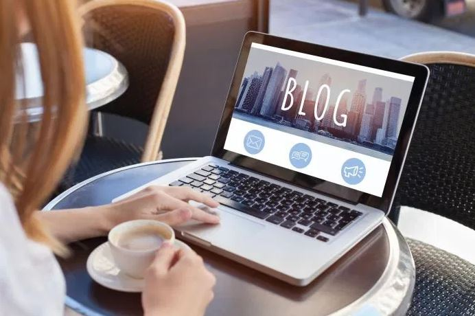 qu est ce qu un bloggeur