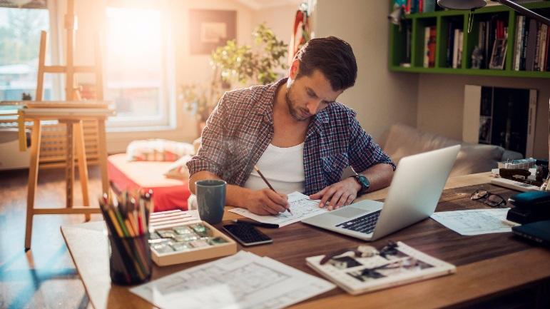 travailler de chez soi sur internet